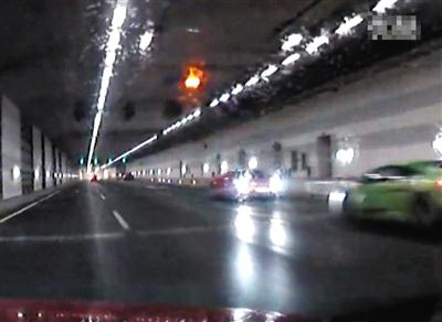 """大屯路隧道两司机""""飙车""""被刑拘 - 七色社会 - 七色社会"""