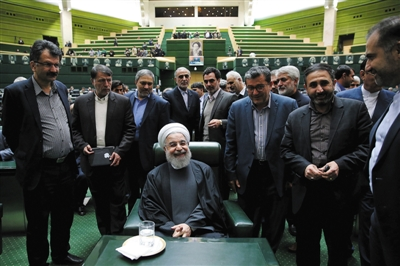 2019伊朗经济制裁_美国宣布取消对伊朗的经济制裁